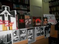 """Про голодомор 1932 – 33 р. на Україні в книгах, представлених в читальному залі райбібліотеки, не можна читати без болю. """"На початок 1933 в Україні практично не залишалося запасів збіжжя...."""