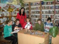 28 жовтня 2018 року у Бершадській центральній районній бібліотеці відбулося засідання молодіжного гуртка «Калина» на тему «Краса та здоров'я». На засіданні бібліотекар абонементу з обслуговування юнацтва Олена Маліцька провела майстер […]