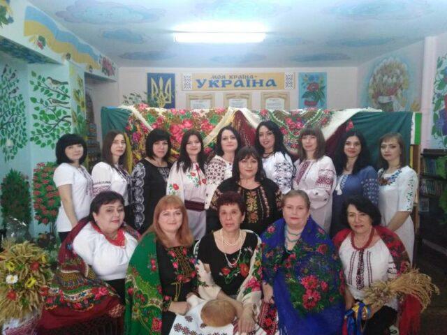 Вишиванка – своєрідний унікальний код українського етносу. Вона яскраво відображає особливу національну традицію народу. Тож не дивно, що існує свято, присвячене їй.  Всесвітній день вишиванки відзначається щороку в […]